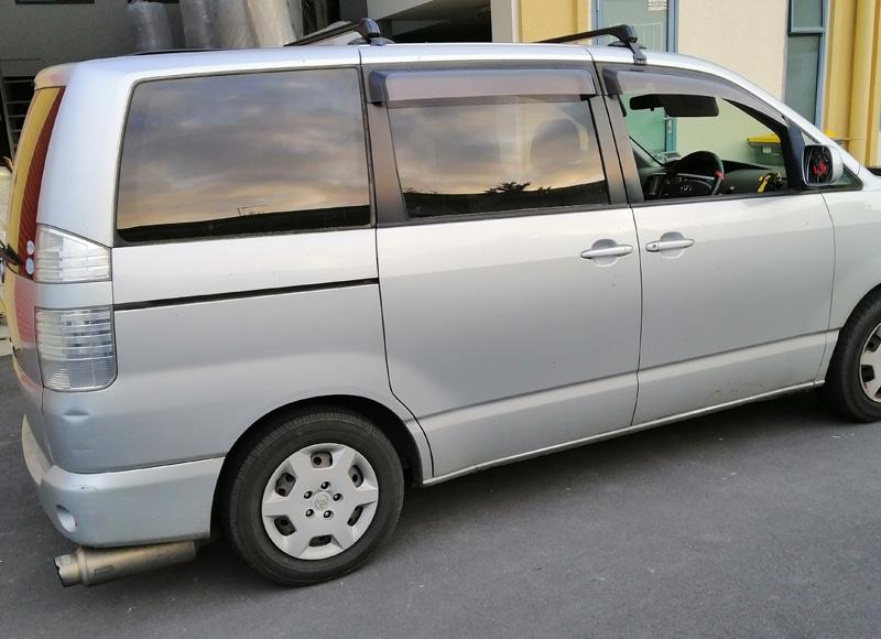 Toyota Voxy Roof Rack