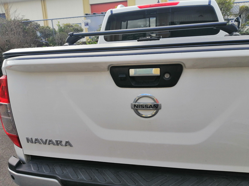 Nissan Navara Back Roof Rail