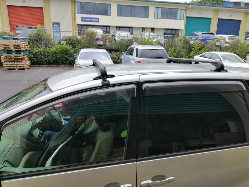 Toyota Estima roof rack